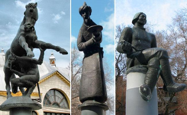 """Двор театра кукол """"Шут"""": скульптуры на колоннах"""