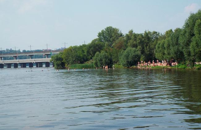 Пляж у Северного моста в Воронеже