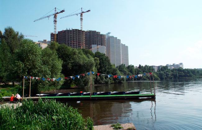 Прокат лодок и катамаранов в парке