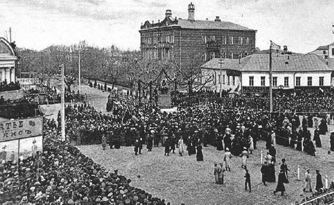 Открытие памятника Никитину в Воронеже