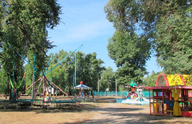 Южный парк Воронежа: платные аттракционы