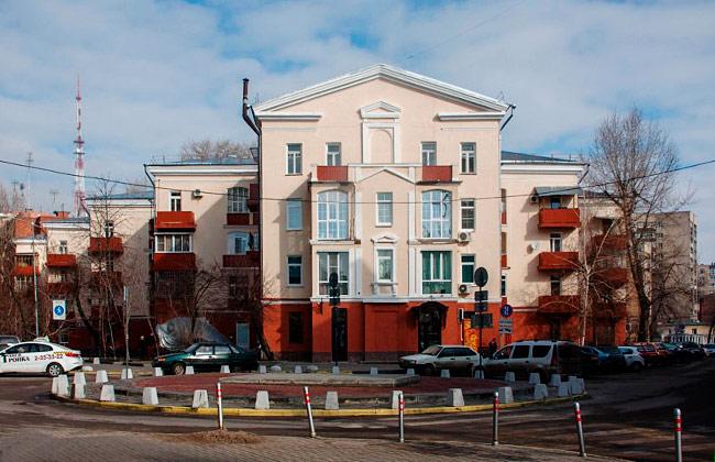 """Современный вид дома """"Гармошки"""" по адресу ул. К.Маркса, 94"""
