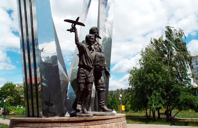 Памятник первому десанту в Воронеже